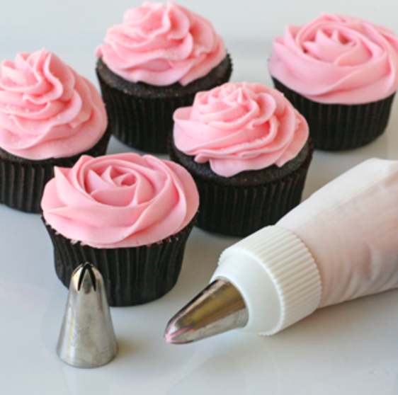Cake Decorating Icing Tips - Set of 24 - BakerMaker Supply ...